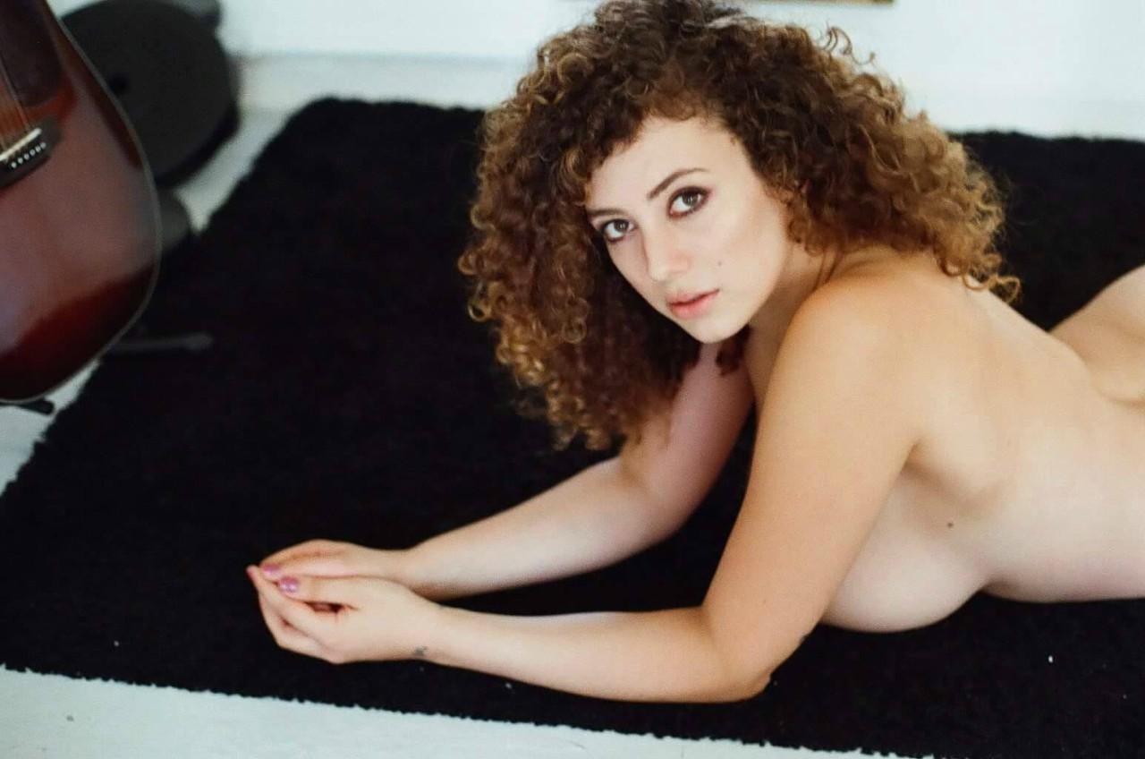 wie mache ich meine freundin glücklich erotische brustmassage